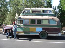 hip bus by chronitonic