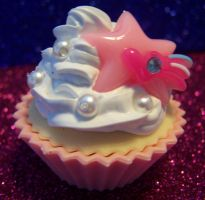 Pink cake with star by MistressCakes