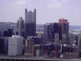 Pittsburgh Skyline 2 by WoodenOx