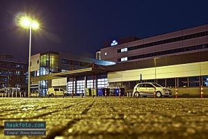 Outside the airport hotel hdr by OrisTheDog
