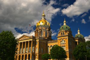 State Capitol, Des Moines, IA by lividity101