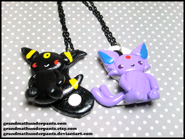 Espeon/Umbreon YinYang BFF Set by GrandmaThunderpants
