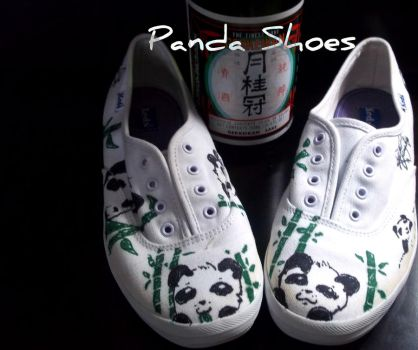 Panda Shoes by raqueltheblondie