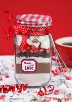 Gift this: Homemade Hot Chocolate Mix (+recipe) by theresahelmer