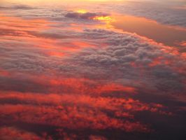 Sunset at 30.000ft by Ommadawn