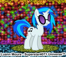 Vinyl Scratch - Supreme rave party by Superstar4071