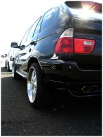 BMW X5 by GoodieDesign