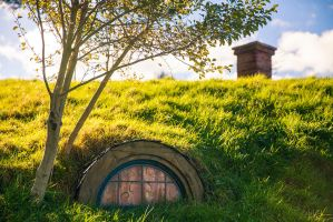 Hobbit Hideout by light-recycled