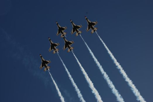 Thunderbirds Overhead by timmed