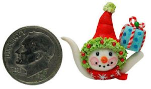 CUTE SNOWMAN CHRISTMAS PRESENT TEAPOT by WEE-OOAK-MINIATURES