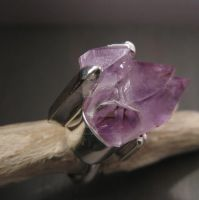 Magical Purple ring by Jealousydesign