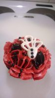 Gothic Chocolate and Banoffee Cup Cake 3 by chrysanthemus
