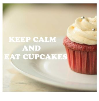 Keep Calm and Eat Cupcakes by Hastosa