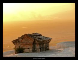 Lonely Grave by gianf