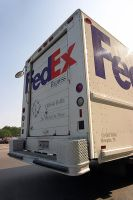 FedEx Truck by Azraphale