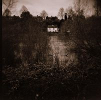 The Little White House by lomoboy