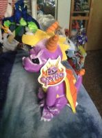 awesome spyro plush by legendarydragonstar