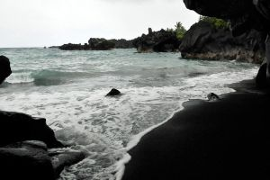Black sand beach 1 - Maui by wildplaces
