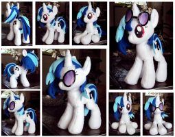 Vinyl Scratch Plushie by ButtercupBabyPPG