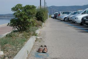 Shoes parking by lcocolao