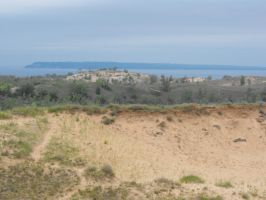 A view of Sleeping bear sand dunes... by SunnySenshi