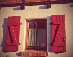 Red window by vdf