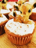 snickerdoodle deer cupcakes by missrowdy