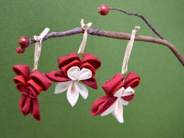 Bleeding Hearts in Kimono Fabric. Ornaments. by hanatsukuri