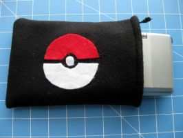 DS Carrying Case - Pokeball 3 by PaperCadence