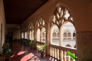 Guadalupe Hotel Cloister by Ijgg