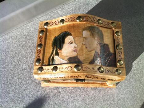 OUAT Snow and Charming box Top by Jazzy23