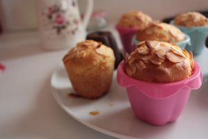 The simplest muffins ever by AlasseaSuru