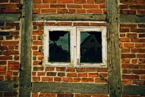 Cracks and Brick by silber-englein