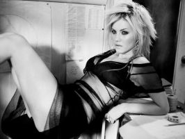 Elisha Cuthbert by applefreaque