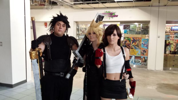 Matsuricon 2016- Zack Cloud and Tifa by jayemeraldover9000x
