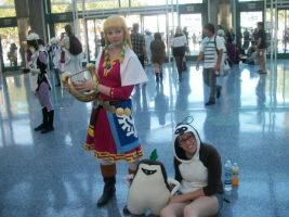 AX12: Zelda and a Kikwi by Sonicbandicoot