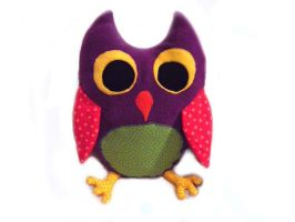 Owl  plushy by Tamtea