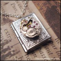 Steampunk Locket by SoulCatcher06