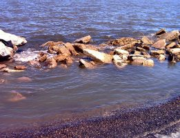 Rocky shore by twofortheprice