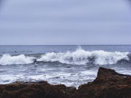 Waves and Rocks by gloriagypsy