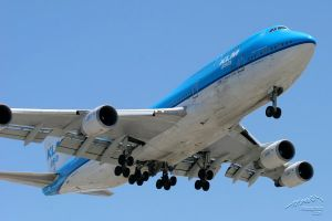 LAX 10 KLM 747-400 by Atmosphotography