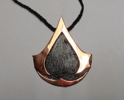 Assassin's Creed pendant thingie by Bluetabbycat