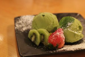 Green Tea Ice Cream by meL-xiNyi
