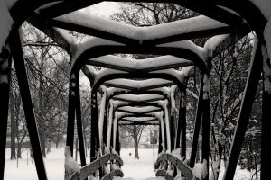 Snowy Bridge by danitzh