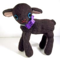 amigurumi black lamb by selkie