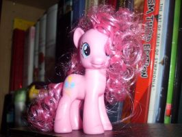 Styled Pinkie Pie by Karacoon