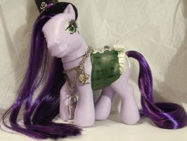 Mad Hattress - MLP Custom by 6pn