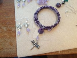 Memory Wire Bracelet and Amethyst Earrings by WhiteMagicPriestess