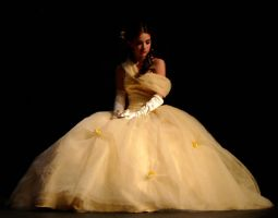 Belle Contemplates by Pearberry