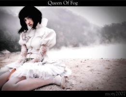 Queen Of Fog.. by Mangmoty
